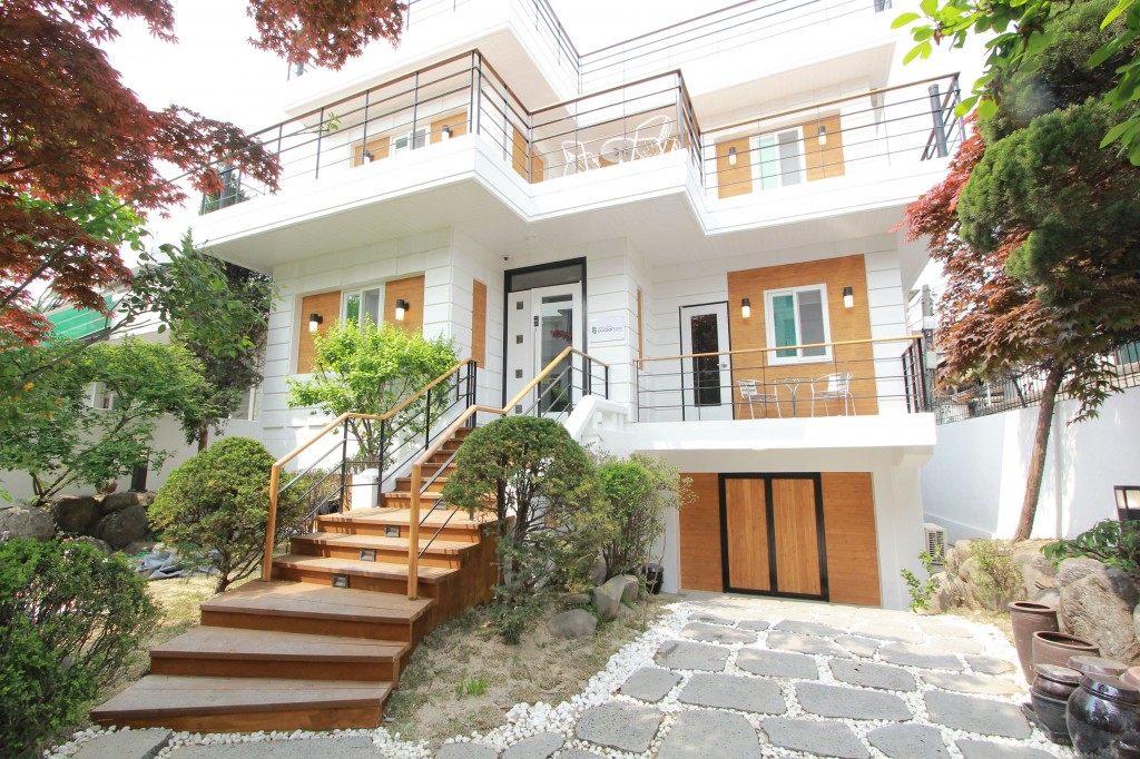 Image gallery seoul houses for Modern house korea